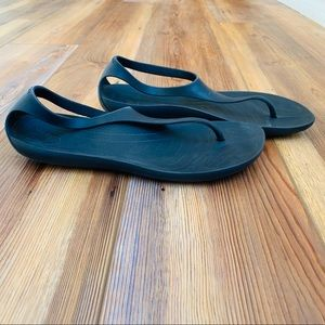 CROCS Shoes - Black Crocs Serena Flip Flop Sandal Size 7